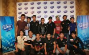 Joel-D-Mastana-berfoto-bersama-komunitas-bikers-Batam-usai-Workshop-Safety-Riding